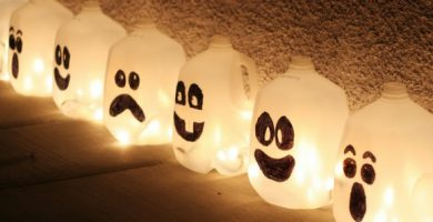 Lamparas caseras con forma de fantasmas para Halloween